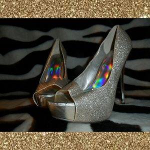Derek Heart Sparkly Gold High Heels